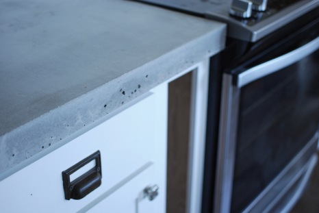 Rustoleum Countertop Paint Air Bubbles : We ended up with some air bubbles. You can fill these in with Z ...